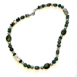 Green and White Jade Beaded Necklace